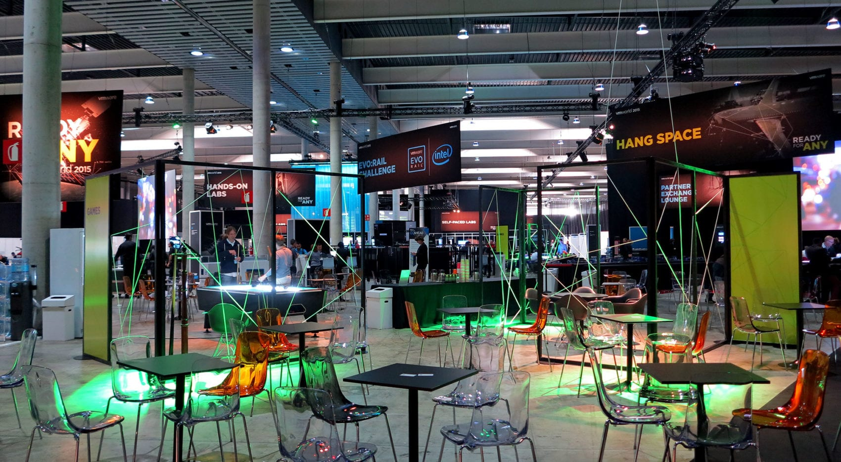 trade show exhibits for VMWorld
